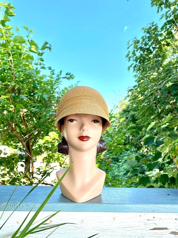 Vintage Patricia Underwood designer straw hat / St