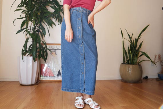 denim maxi skirt / guess by georges marciano / 80s