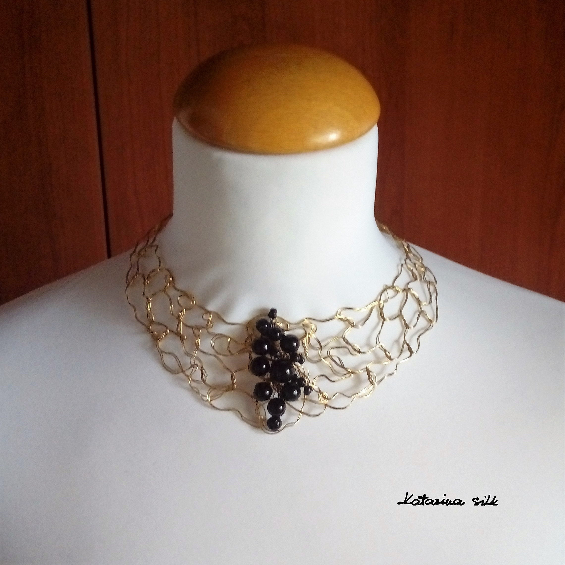 Statement Choker Necklace for Mom Gift Gold Color Necklace with Black Wooden Beads Handmade Knotted Wire Choker for Woman Unique Gifts