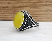 925K Sterling Silver Mens Ring Witht Yellow Agete Stone. Free Shipping