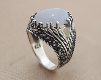 925K Sterling Silver Mens Ring Witht  Calcedone  Stone