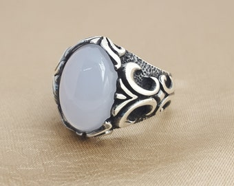 925K sterling silver mens ring with calcedone  stone