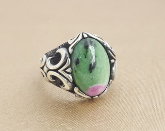 925K sterling silver mens ring with rubyzoite stone