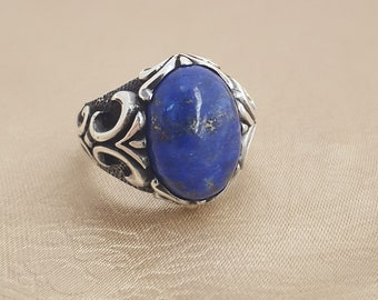 925K sterling silver mens ring with lapis lazuli  stone