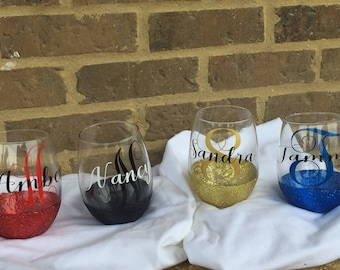 Customized Stemless Glitter Wine Glasses