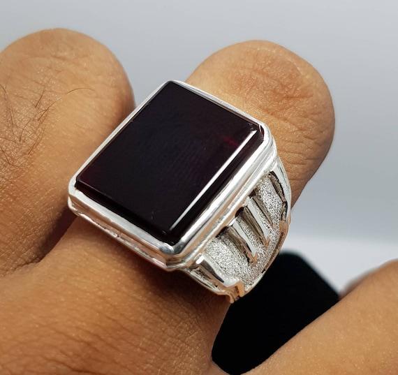 Mens Deep Blood Red Shifat al Abad Yemeni Aqeeq Ring Kabadi Black Aqeeq agate Ring Akik Ring Islamic Ring Shia Rings Blood Red Cushion Aqeeq