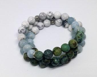 BLUE SKIES. Healing Gemstone Bracelet made with African Turquoise, Aquamarine, and Howlite.