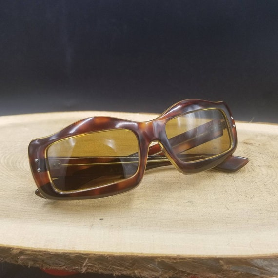 Vintage French Amber Tortoise Rectangle Cat Eye Su