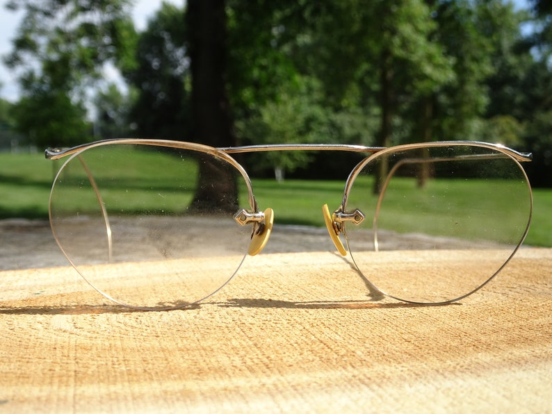 4b9754a74dac Vintage American Optical Numont Ful-Vue Rimless White Gold