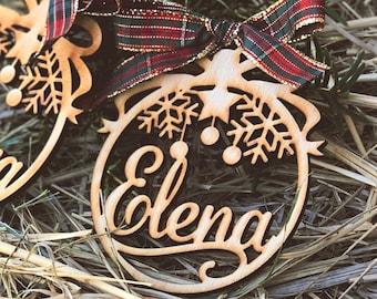 Custom Christmas baubles with name, CHRISTMAS gift tags, Laser cut wood snowflake decoration,  wood Christmas Decor
