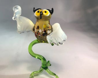 Glass Owl composition