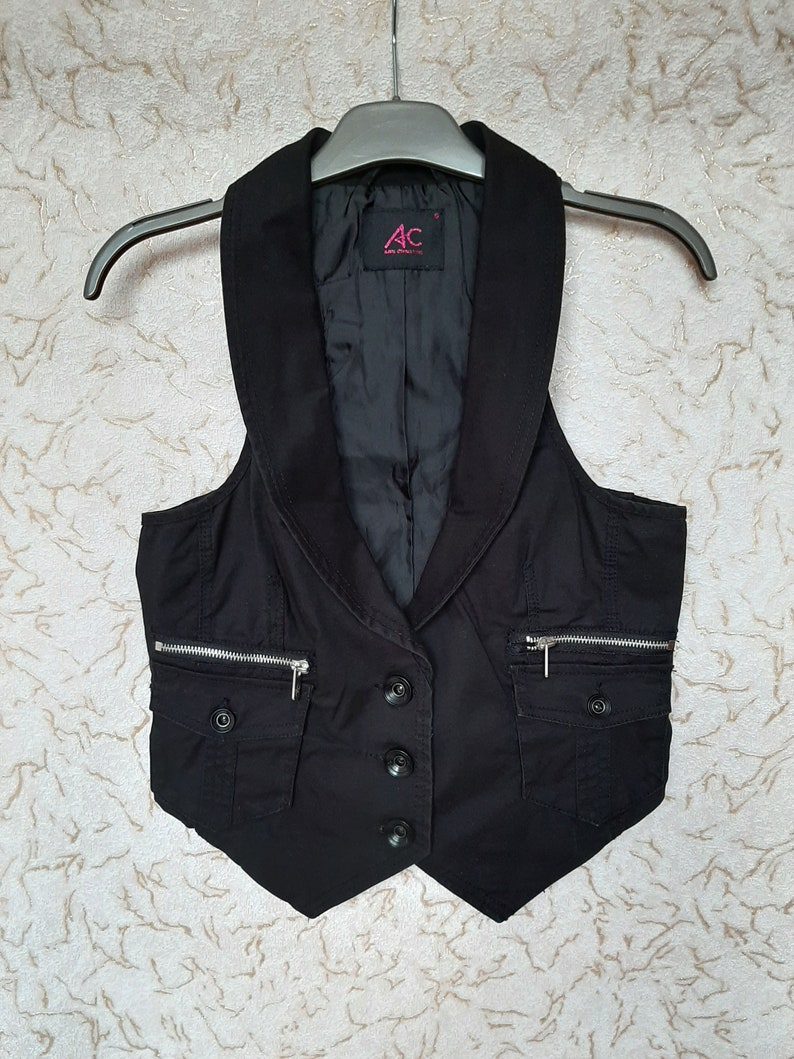 Women/'s Black Cotton Vest Size Small