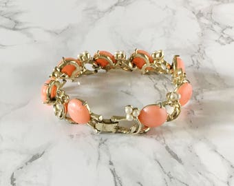 pink and mini pearl bracelet