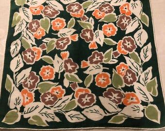 Vintage Hankie - Art Deco Design on Fine Linen