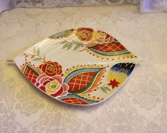 Rare Vida Eva Mendes Rose Print Leaf Shape Serving Platter 15in Long 10in Wide - New with Original Purchase Tags. Colorful and Gorgeous