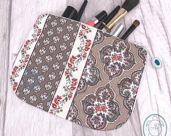 flat cosmetic bag, bag, retro floral pattern, clutch, utensilo