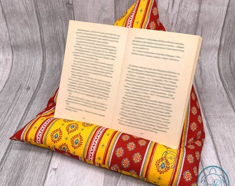 Reading pillow, tablet cushion, bookend, in 3 different colors, product of Provence