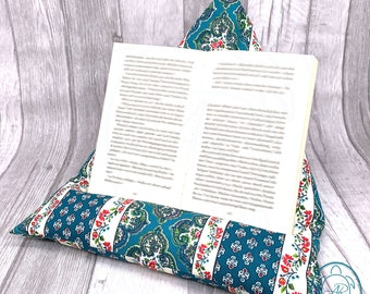 Reading pillow, tablet holder, in 3 different colors, gift idea for Christmas, product of Provence