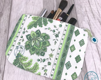 flat cosmetic bag, bags for everything, bag organizer, gift idea for Christmas