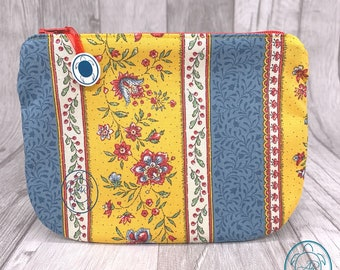 flat cosmetic bag, special bag, colorful retro floral pattern, clutch, utensilo