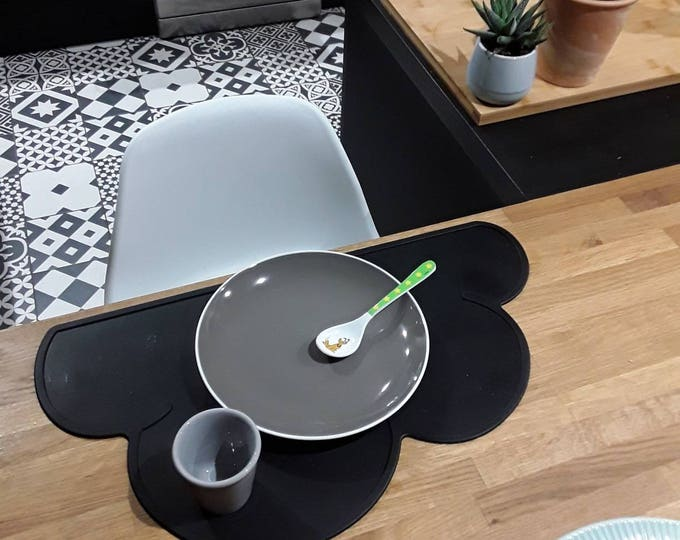 Baby, child's placemat form cloud-Ideal for the child's life, adheres to any surface - silicone-black, gray, pink, sky blue