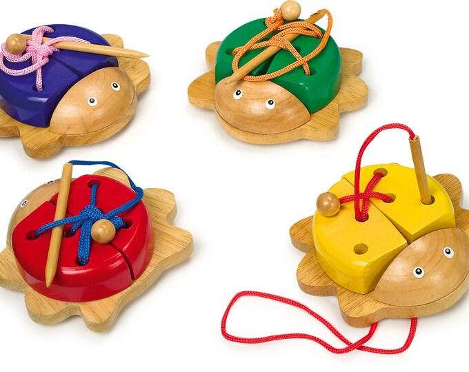 Jouet à enfiler, jouet en bois naturel motricité fine - Coccinelle - Marque LEGLER - Jouets naturels inspiration Montessori