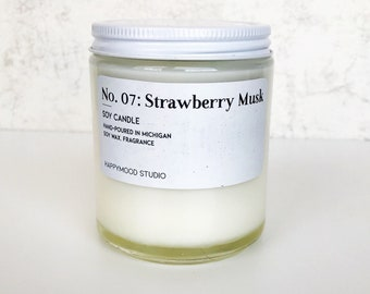 No 7. Strawberry Musk / Fruity / Standard