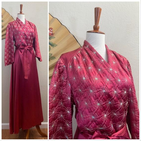 1940s Satin Quilted Robe / Medium