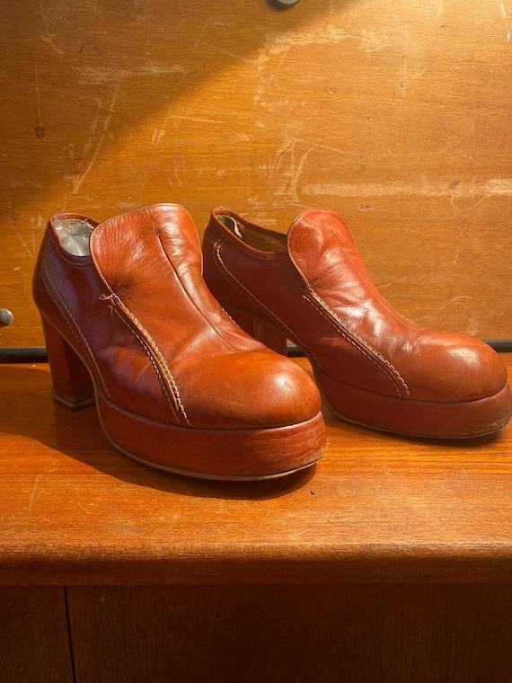 Cognac coloured leather 1970s slip on Platform Sho