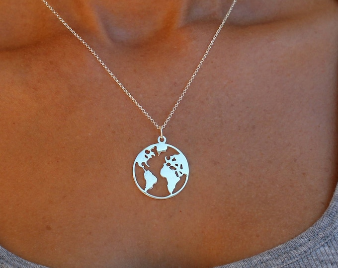Silver World Map Necklace For Women - Dainty Gold World Map jewelry - Minimalist Traveler Pendant - Sister Gift