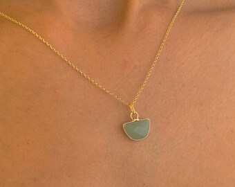 Gold Aventurine Pendant Necklace For Women - Dainty Aventurine Gemstone Jewelry To Gift For Her
