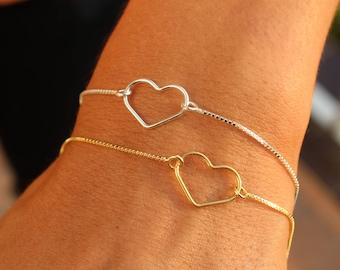 Silver Heart Bracelet For Women - Dainty Gold Heart Jewelry - Minimalist Heart Bracelet To Gift For Her