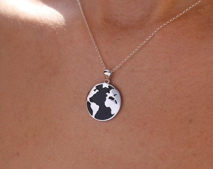 World Necklace, Globe Necklace, World Map Necklace, Travel Necklace, Necklaces For Women, World Jewelry, Dainty Necklace, Traveler Necklace