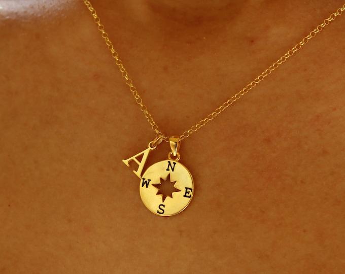 Rosa De Los Vientos - Compass Necklace