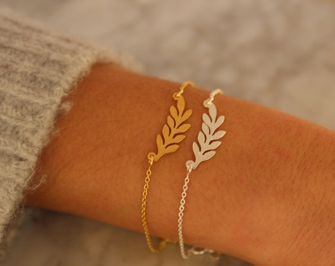 Silver Laurel Bracelet For Women - Dainty Gold Bracelet To Gift For Her - Minimalist Laurel jewelry