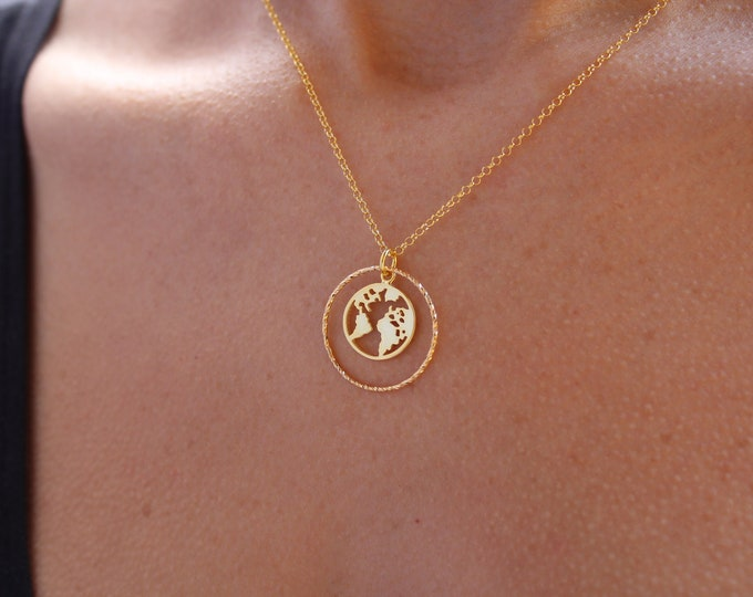 Gold World Map Charm Necklace For Woman - Dainty Silver Traveler Jewelry To Gift For Her