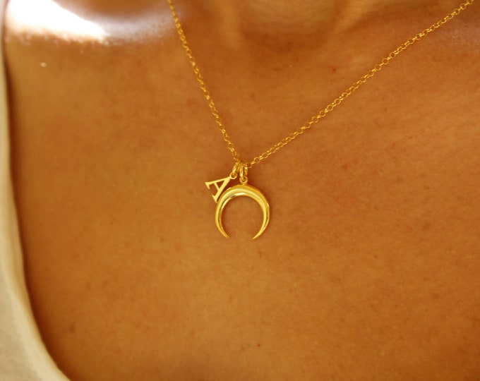 Collar Luna Creciente - Crescent Moon Necklace