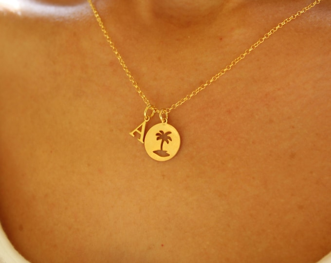 Collar Palmera Con Inicial - Palm Tree Necklace With Initial