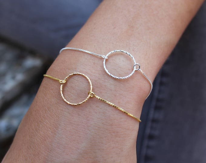 Dainty Silver Circle Bracelet For Women - Minimalist Gold Circle Jewelry - Gift For Her