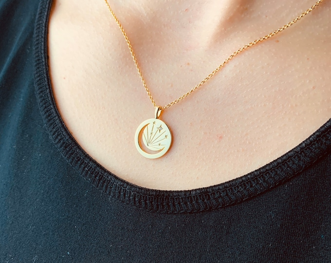 Gold Crescent Moon Charm Necklace For Women - Dainty Coin Necklace - Minimalist Celestial Necklace - Pendant To Gift For Her