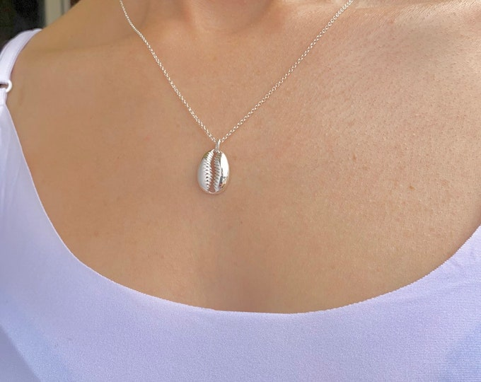 Sterling Silver Cowrie Shell Charm Pendant Necklace For Women - Dainty Shell Jewelry To Gift For Surfer