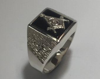 d04506a632e6a Onyx masonic ring | Etsy