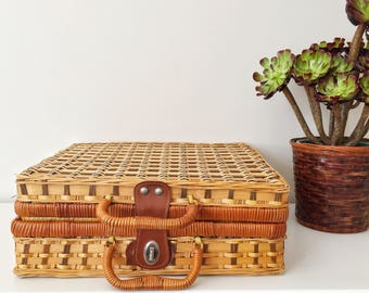 Picnic basket, wicker basket, nursery decor, vintage decor