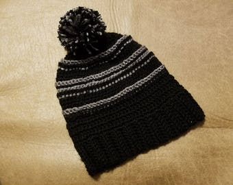 Textured Spurs Inspired Slouchy Beanie