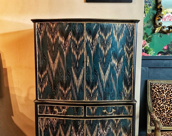Stunning vintage cocktail cabinet - solid wood, lights up, expertly decoupaged