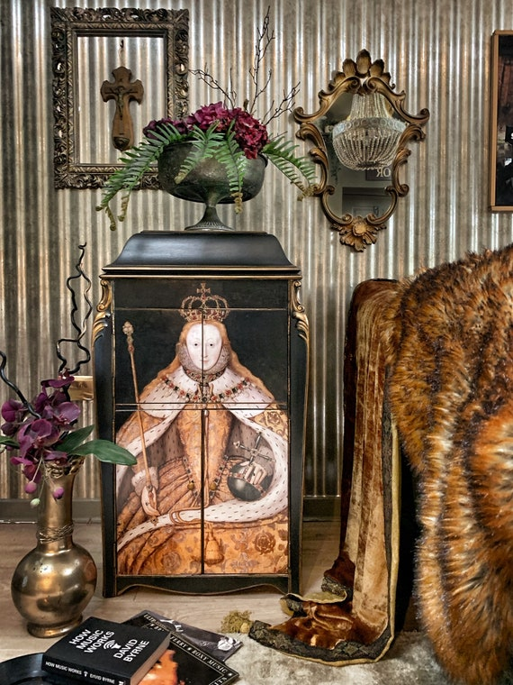 SOLD Vintage HMV record cabinet with Queen Elizabeth I design - commissions welcomed