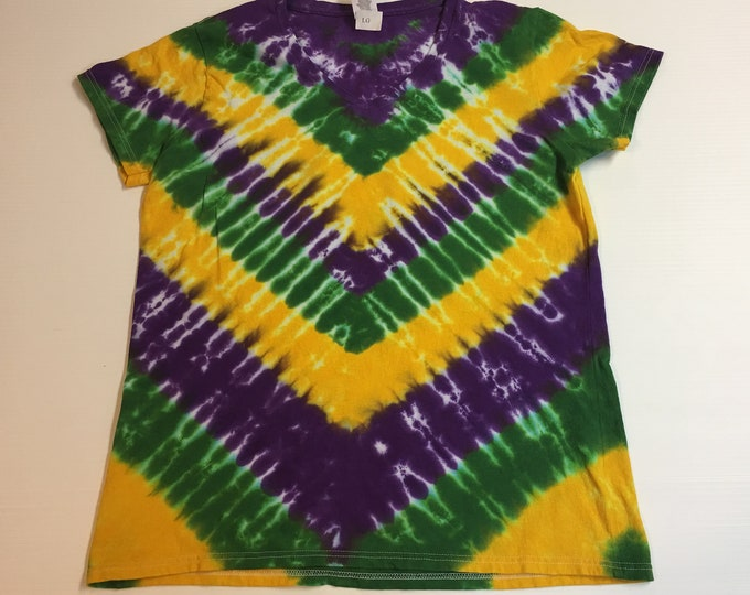 Mardi Gras V Patterned V-neck Women's tee
