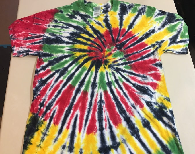 Black Spiral Rastafarian Tie Dye Tee Large