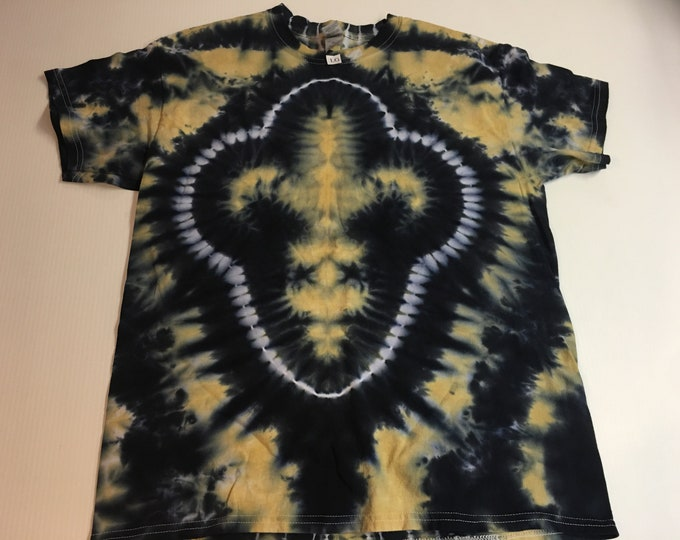 Black and Gold Fleur de Lis Tie Dyed Tee size large