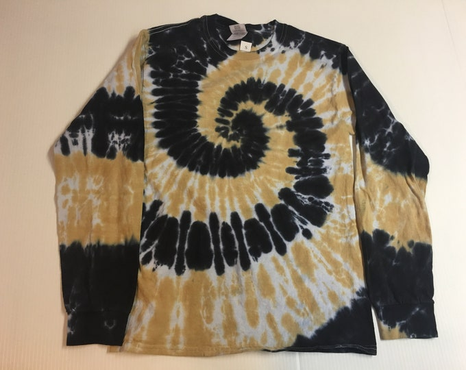 Black and Gold Spiral Tie Dyed Long Sleeved Crew Neck Tee All Sizes